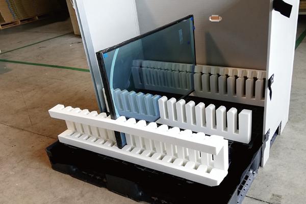 ユニバーサルデザインを意識したガラス輸送