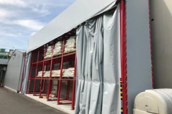 屋外保管スペースの災害・防犯対策を実施