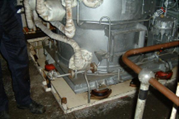 軍艦ボイラー内に発生するやっかいな錆を防止