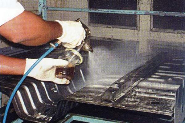 油性防錆剤からの切替で製品の錆を防止