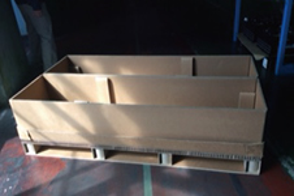 梱包を紙製にして作業効率と包装コストを削減