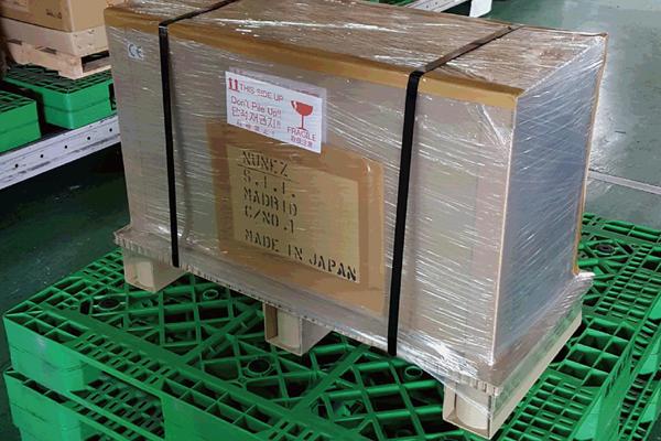 紙製梱包で製品の箱潰れ防止